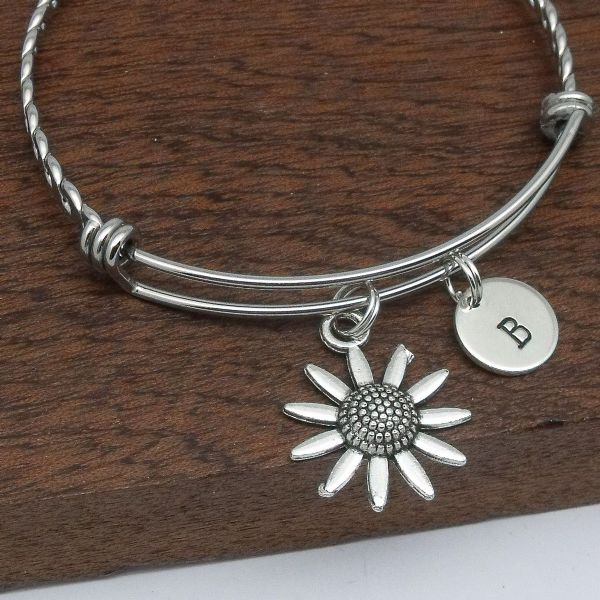 Daisy / sunflower bracelet gift personalised initial